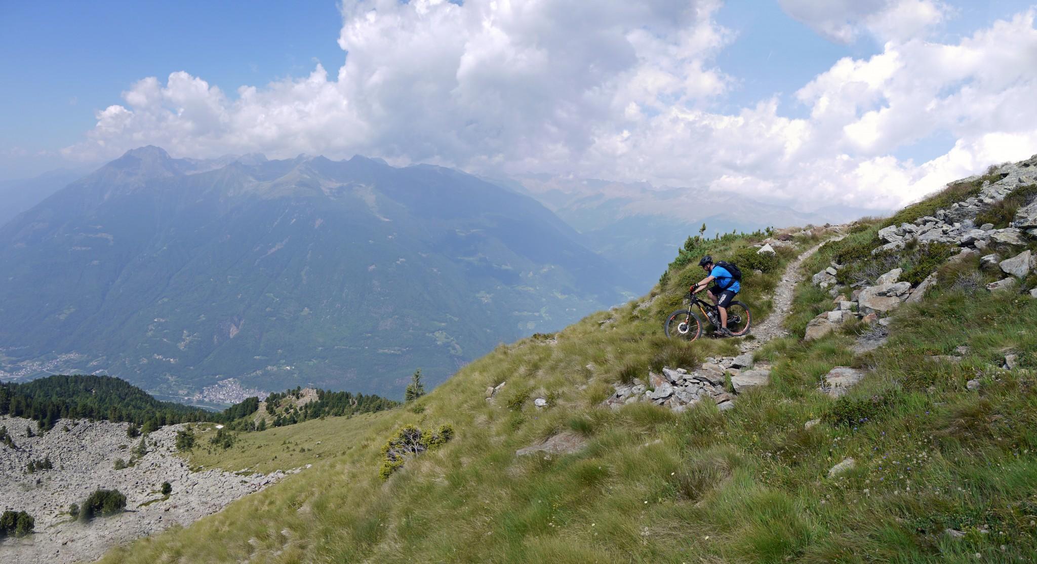 1-tourero.ch_alta-rezia17_Panorama3n